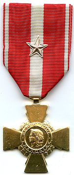 Croix de la Valeur Militaire França AVERS.jpg