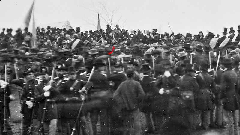 File:Crowd of citizens, soldiers, and etc. with Lincoln at Gettysburg. - NARA - 529085 -crop.jpg