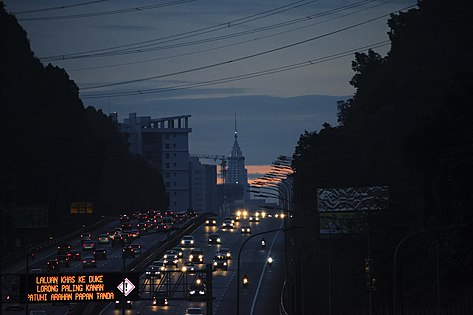 DUKE highway at Civil Twilight 2.jpg