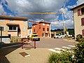 Dareizé - Croisement centre-village (juil 2019).jpg