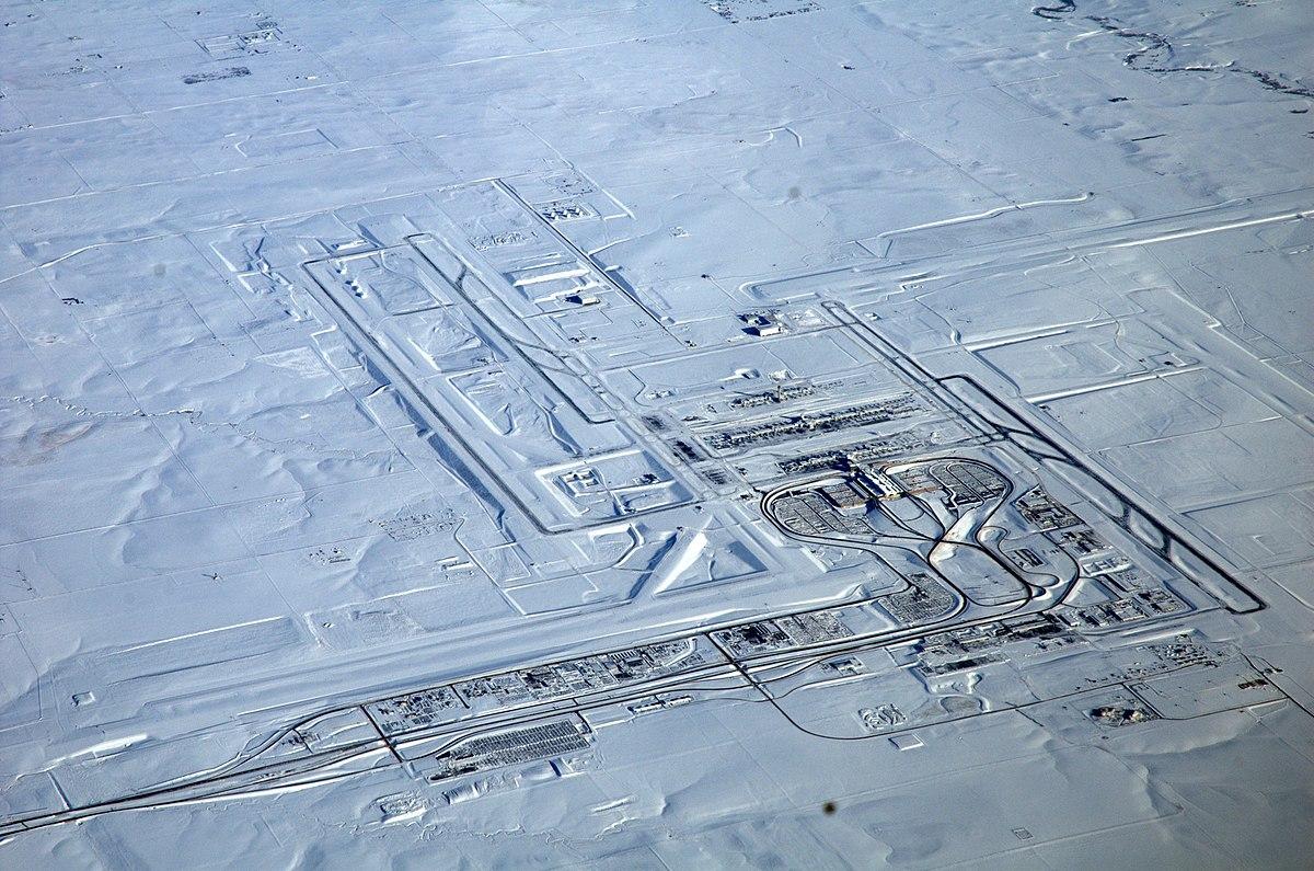 Aerial photos of denver international airport Denver International Airport (DEN) - Map, Aerial Photo, Diagram