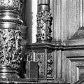 Detail linkerzuil schepenstoel - Kampen - 20121958 - RCE.jpg