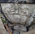 Detail van een schildering op de met lood beklede torenspits, tijdens de restauratie - Edam - 20379428 - RCE.jpg