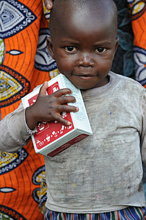 Distributing Food to refugees in Congo.jpeg