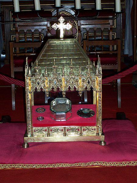File:Dokkum, reliekschrijn van de heilige Bonifatius.jpg