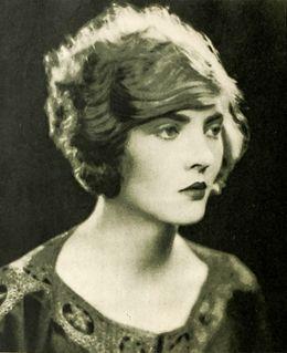 Dorothy Mackaill English-born American actress