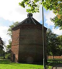 Dovecote, Beddington Park.jpg