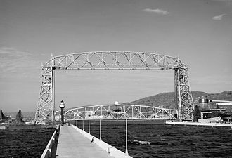 Twin Ports - The Duluth Aerial Lift Bridge in 1990