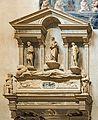 Duomo (Verona) - Interior - Nave left part - Monumento funebre del vescovo Galesio Nichesola da Jacopo Sansovino.jpg