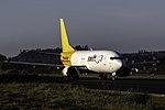 EC-MEY 737 Swiftair SCQ.jpg