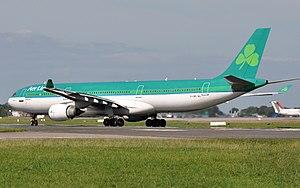 2005 Logan Airport runway incursion