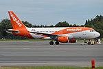 EasyJet Europe, OE-LQN, Airbus A319-111 (43616090174).jpg
