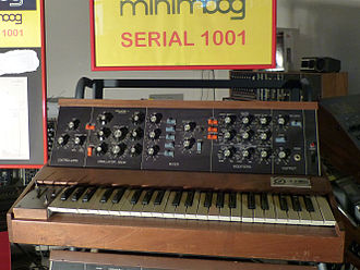 Eboardmuseum - The first Minimoog D worldwide, serial number 1001