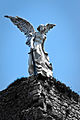 El ángel exterminador de Llimona en el cementerio de Comillas.jpg