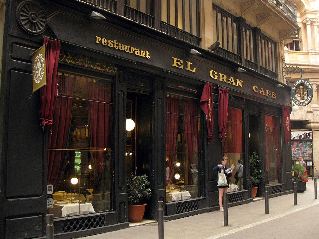 Restaurant Caf Ef Bf Bd De Voltaire Dans L Espace Vauban Paris