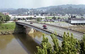 Elk River (West Virginia) - The Elk River near its mouth in Charleston in 2001