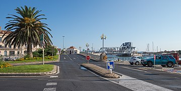 Entrance of the Pont des Sètois, Sète 02.jpg