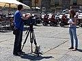Equipo de Telecinco en Segovia, España, 2017 02.jpg