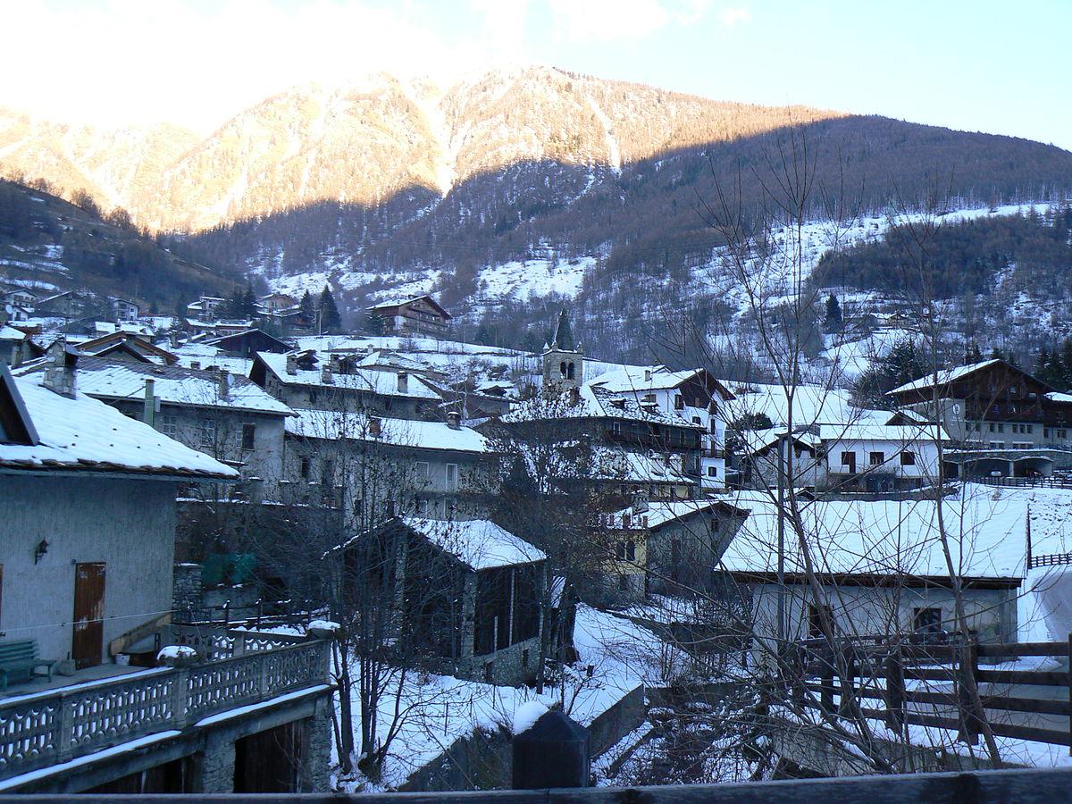 Etroubles wikivoyage guida turistica di viaggio for Arredo bagno valle d aosta