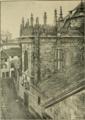 Exterior da capela-mor da Sé de Braga - Archeologia christã; descripção historica de todas as egrejas, capellas, oratorios, cruzeiros e outros monumentos de Braga e Guimarães 102 (cropped).tif