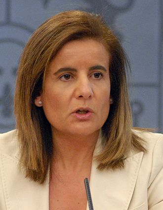 Ministry of Employment and Social Security (Spain) - Image: Fátima Báñez 2012 (cropped)