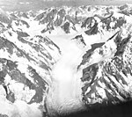 Fairweather Glacier, mountain glacier with icefalls on the slopes, August 24, 1963 (GLACIERS 5429).jpg