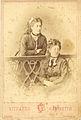 Familia Ciappei. Francesca Ciappei y su Hermana.jpg