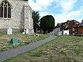 Farnham, St Andrew's Churchyard (2) - geograph.org.uk - 1991386.jpg
