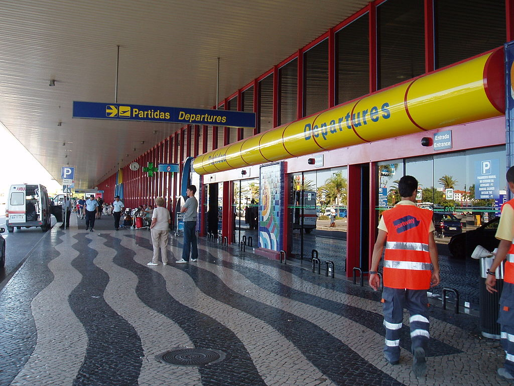 Faroairport departures