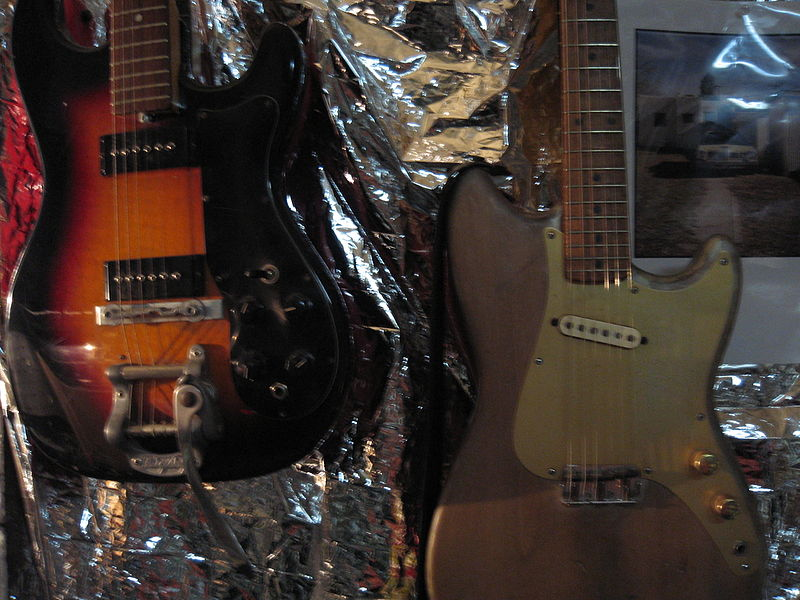 File:Fender Musicmaster (50's) & unknown vintage guitar.jpg