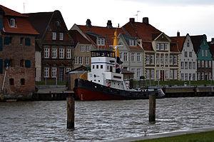 Flensburg (tugboat, 1954) 02.jpg