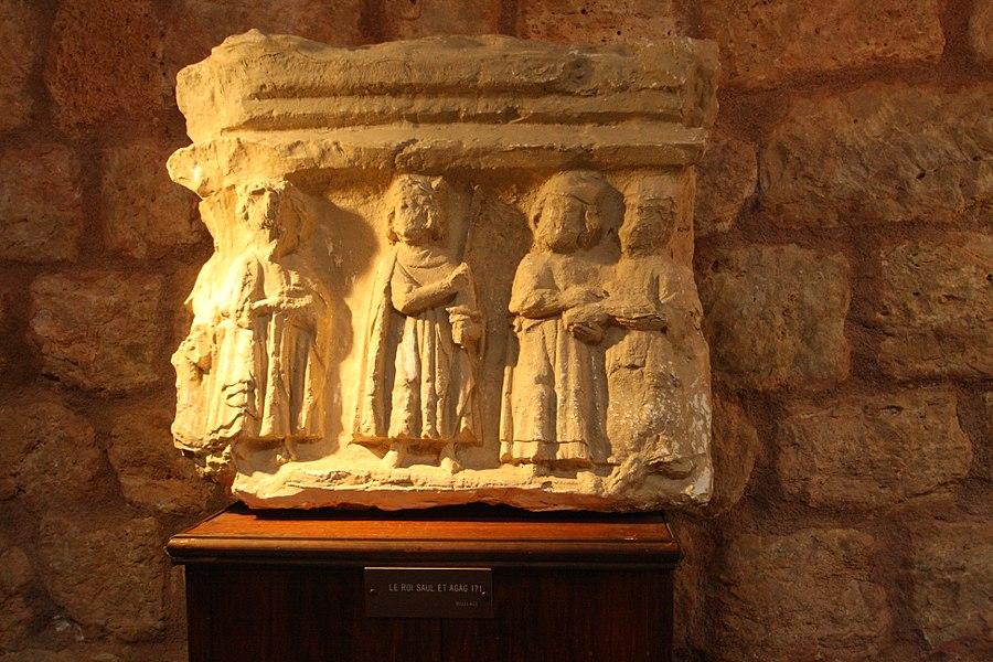Cazedarnes (Hérault) - chapiteau: le roi Saül et Agag.