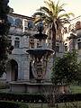 Fonte das Nereidas - Claustro do Mosteiro de Samos - Galiza.jpg