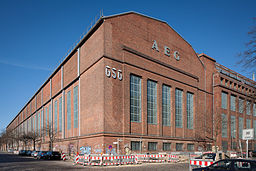 AEG Gesundbrunnen, ChristianSchd [CC BY-SA 3.0 (https://creativecommons.org/licenses/by-sa/3.0)], via Wikimedia Commons