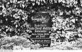 Fotothek df rp-d 0480048 Malschwitz. Grabstätte der Familie Preuß von der Niedermühle auf dem Friedhof.jpg