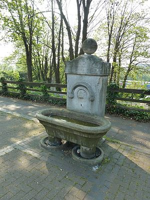 Shirley, Southampton - Fourposts Hill drinking trough in Freemantle