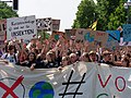 Front of the FridaysForFuture protest Berlin 24-05-2019 135.jpg