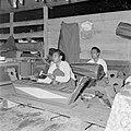Gamelanorkest op een Javaans feest in Paramaribo, Bestanddeelnr 252-2579.jpg