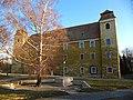 Gazdászok első világháborús emlékműve és az óvári vár, most Nyugat-Magyarországi Egyetem, Mosonmagyaróvár - panoramio.jpg