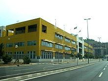 Una moderna costruzione industriale fra Sestri Ponente e Cornigliano