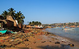 Goa-Vasco 03-2016 10 beach in Vaddem.jpg