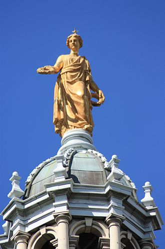 Bank of Scotland - Golden statue of Fame on top of the main dome, Bank of Scotland Head Office, Edinburgh by John Rhind