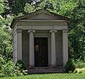 Gordon Battelle mausoleum - Green Lawn Cemetery.jpg