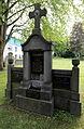 Grabmal Urig, aufgelassener Friedhof Hermülheim.jpg