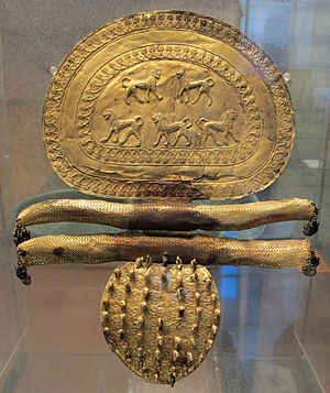 Regolini-Galassi tomb - Great golden fibula, 675-650 BC