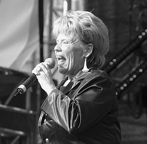 Greetje Kauffeld - Greetje Kauffeld performing at the Ringfest, Cologne 2005