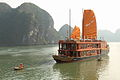 Ha Long Bay Cruiser (4237183403).jpg