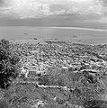 Haifa Havenkwartier van de stad en de baai, gezien vanaf de Karmelberg, Bestanddeelnr 255-0245.jpg