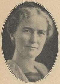 Hannah Kempfer circa 1922.jpg