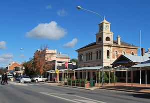 Hay, New South Wales - Looking south down Lachlan Street, the main street of Hay